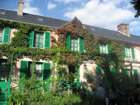 Monet2011